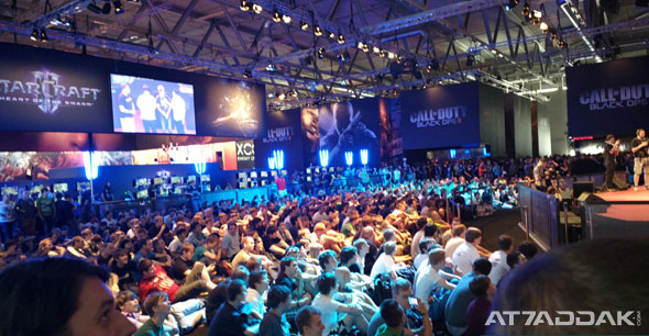 gamescom-2013-ea-sony-conferences-2