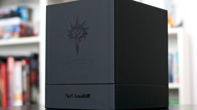 Unboxing-Nier-Automata-Collector-Black-Box-3