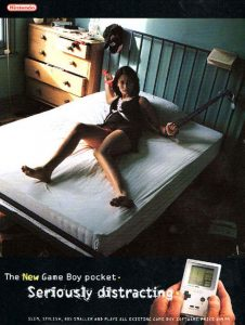 """La nouvelle Game Boy Pocket - Sérieusement distrayante "" (1997)"